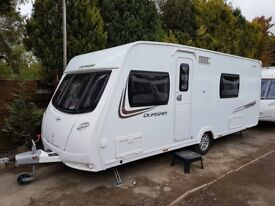 Lunar Quasar 544 4 Berth caravan FIXED BED, MOTOR MOVER, 2013 AWNING, BARGAIN ! January Sale
