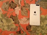 APPLE IPOD 16B 5 GENERATION RETINA DISPLAY WIFI AS NEW CONDITION FOR SELL BEAUTIFUL