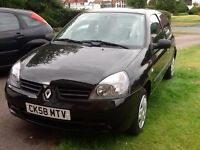 **Attractive 2008 Black Renault Clio 1.2 ** Long MOT ** Low mileage 56,000. ** A must see **
