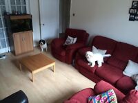 Dbl room to rent in shared house COWLEY - £500 PCM all inclusive. 1 year tenancy from September 1st
