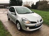 **RENAULT CLIO 1.4 16V DYNAMIQUE * LONG MOT * LOW TAX AND INSURANCE COSTS * LOW MILEAGE **