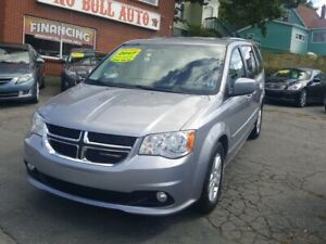 2017 Dodge Grand Caravan Crew one owner .2017 grand caravan c...