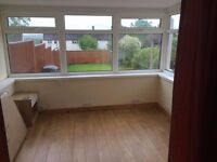 Self Contained bedsit with shared kitchen/bathroom