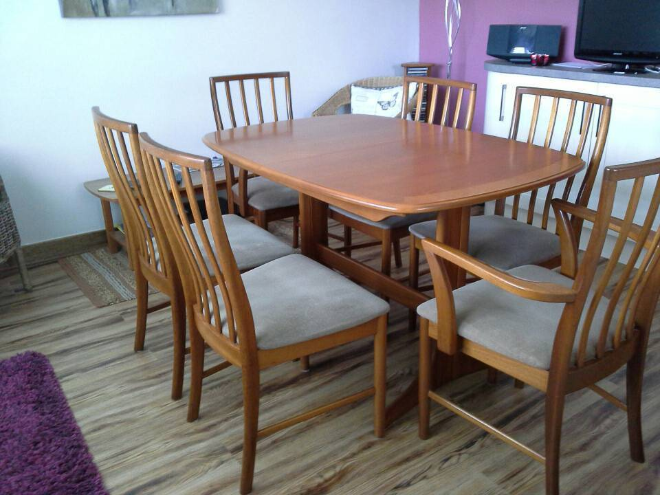 mcintosh extendable table and chairs in southside glasgow gumtree