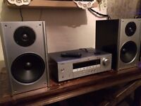 Yamaha RXV-350 Home Cinema +whit Bluetooth Wireless Audio Receiver + Pair speakers 190W RMS each one
