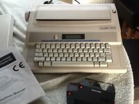 Silver Reed Electronic Typewriter