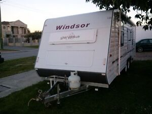 Windsor Genesis 21 foot caravan East Cannington Canning Area Preview