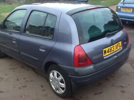 Automatic Renault Clio---7 months mot,s/ history,59k mileage,5 Drs,excellent runner,power steering