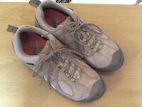 Womens walking shoes - size UK6 - Merrell - Gore tex