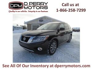2014 Nissan Pathfinder SV | 7 Passenger | Heated seats | Backup