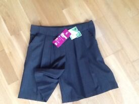 Brand new with tags girls grey school culottes age 9 £4!!