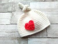 Newborn baby knotted hat, heart applique, handmade photography prop, ready to collect