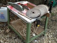 WOOD BENCH SAW IN GOOD WORKING CONDITION £70