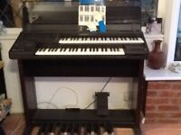 Yamaha Electone E-28 organ with Owners Manual and music books