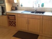 Fitted Kitchen traditional look excellent condition, includes appliances