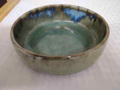 Vintage unmarked Shearwater ? pottery bowl