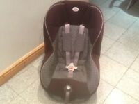 £40-Britax Eclipse group 1 car seat for 9mths to 4yrs-reclines-extra padded set cover,washed&cleaned
