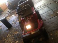 Murray 80/76 ride on mower 5 speed, 8HP Briggs