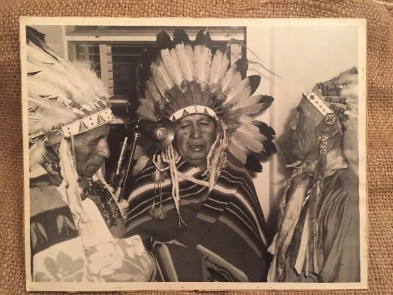 11x14 LARGE NATIVE AMERICAN BLACK WHITE PHOTOGRAPH PHOTO NAVAJO 1940s-50s RADIO