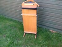 Valet Trouser press and clothes hanger