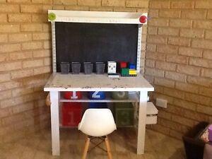 Art and craft desk Thornlie Gosnells Area Preview