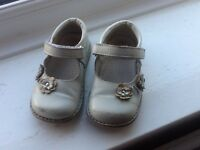 Baby girl shoes, real leather size 22