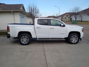 Selling my parents beautiful GMC Canyon