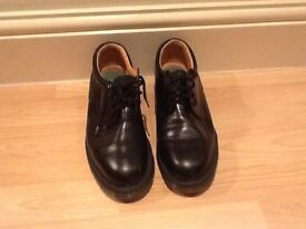 Men's Solovair black leather shoe