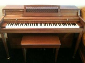 Wurlitzer piano, US made, spinet style