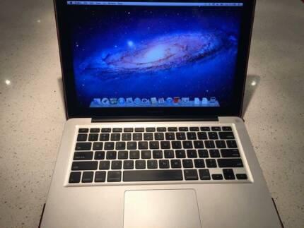 "Apple Macbook PRO 13"" Taylors Lakes Brimbank Area Preview"