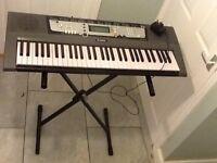Yamaha EZ200 Electric Organ.