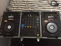 Pioneer CDJ 900 & DJM 900 Nexus