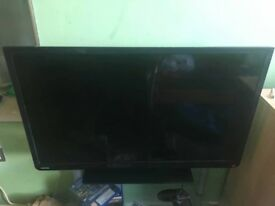 Toshiba 32e2533d HD LCD TV in great condition