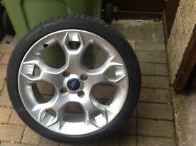 Ford Fiesta zetec s alloy