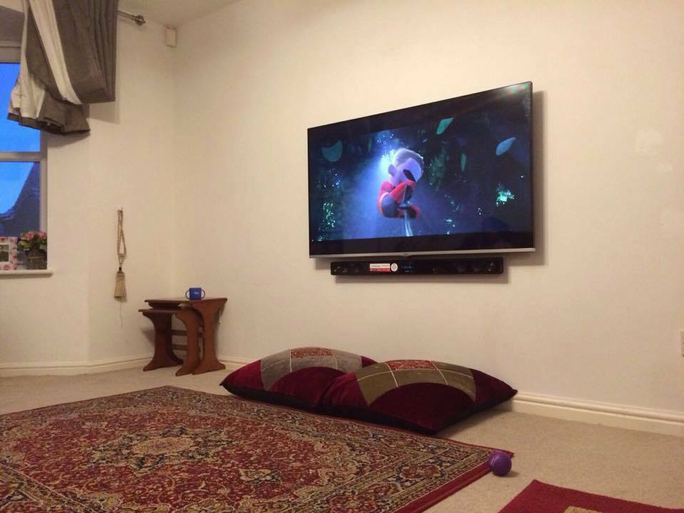 Tv Wall Mounting Lcd Sound Bar Sky Cabling Professional Installer Plasma Led Mount Services