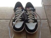 Junior nike golf shoes size 3.5 older kids