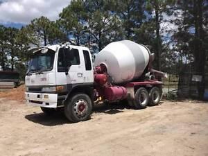 Hino concrete agitator 6 + meter bowl runs great South Brisbane Brisbane South West Preview