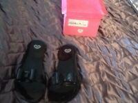 Mel flip flops brand new