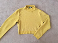 MISSGUIDED Women's cropped turtle neck jumper. Size M