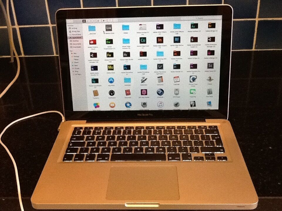 MacBook Pro 13 inch i5 OSX EL CAPITAN 2012 SUPPER FAST GREAT WORKING CONDITIONin Kensington, LondonGumtree - MacBook Pro 13 inch i5 OSX EL CAPITAN 2012 GREAT CONDITION ITS 2.5 GHz Intel Core i5 OS X EL Capitan Version 10.11.6 8GB Ram 750GB Hard Disk CD,DVD ROOM,2 USB,, TUNDERBOLT And More Others Great On Battery Life,Cycle Battery 300 Installed...