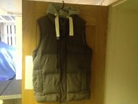 Men's Superdry Academy Gilet Body Warmer Large with removable HOOD RRP £94.99