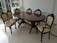 Authentic Italian mahogany dining table and six chairs