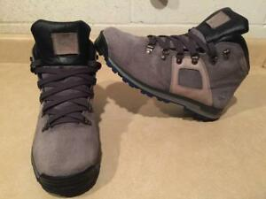 Men's Size 10 Timberland Waterproof Boots