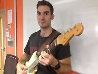 Guitar lessons from a bilingual professional tutor & session guitarist (English & French)