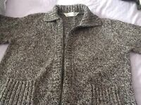 VGC M&S ladies size 10 black and white woolly zip up cardy.