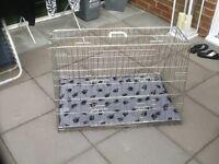 Dog traveling cage for estate car