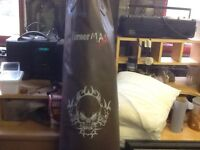 Turner ax punchbag 6ft in like new condition