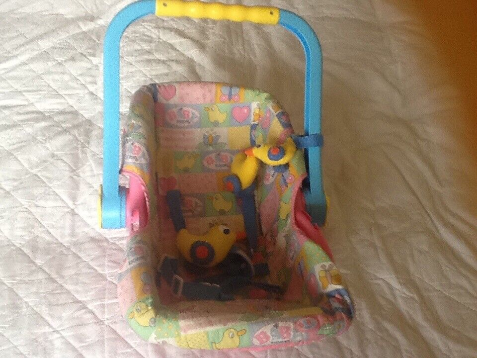 Baby Born Vintage Doll Car Seat/ Baby Carrier in Great Condition Would Make A Great Christmas Gift