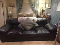 Two piece leather suite, very good condition only two years old 😊