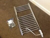 ELECTRIC TOWEL RADIATOR CHROME CAN BE CONVERTED FOR CENTRAL HEATING TYPE ALSO